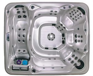 Isla Margarita 9 seat 9 foot hot tub with lounge seat
