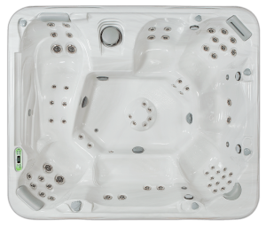 South Seas Deluxe 965L hot tub with 8 seats, 9 foot size